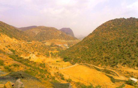 valley tenomah saudi arabia