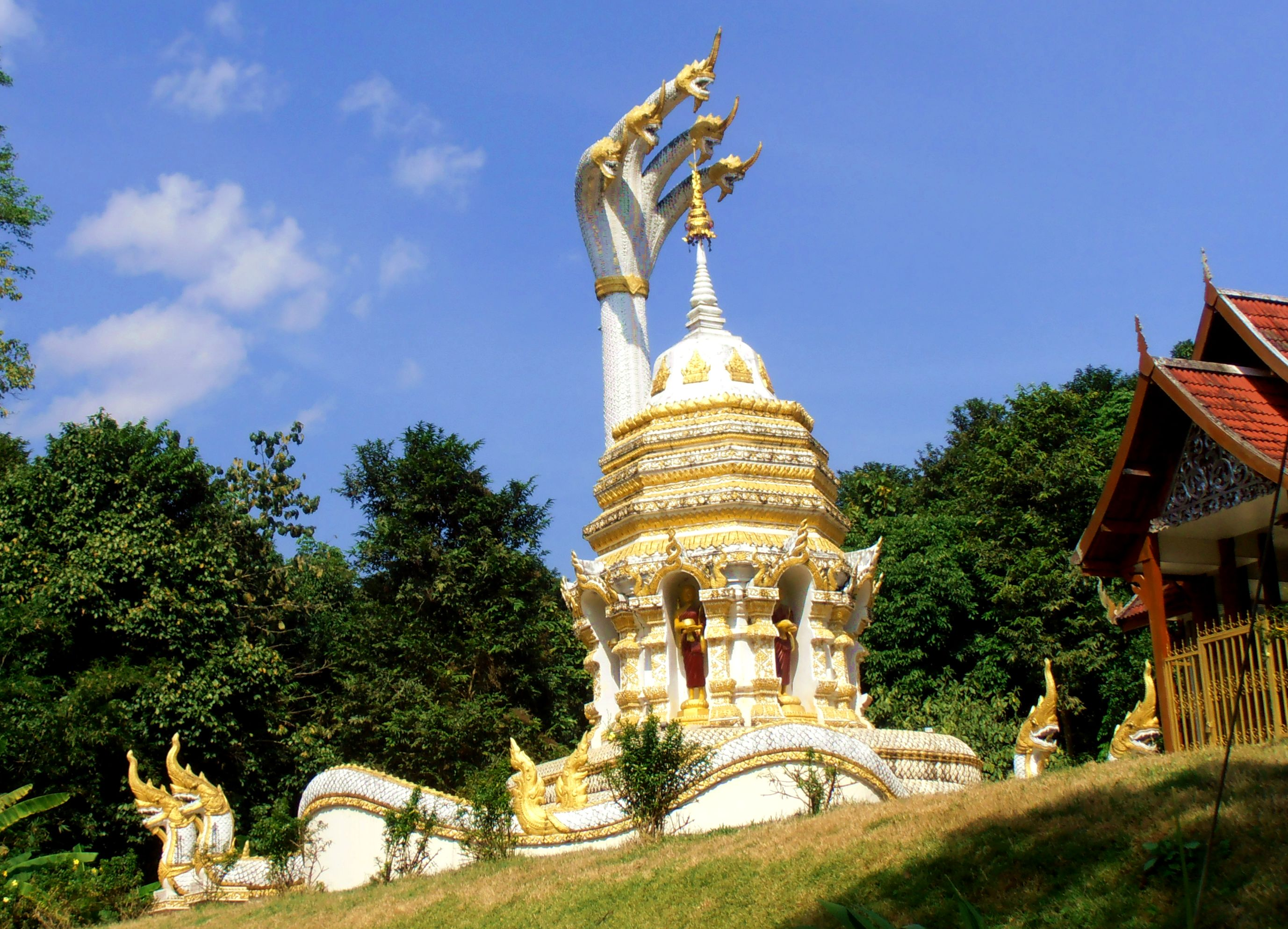 Chiang Dao Thailand temples