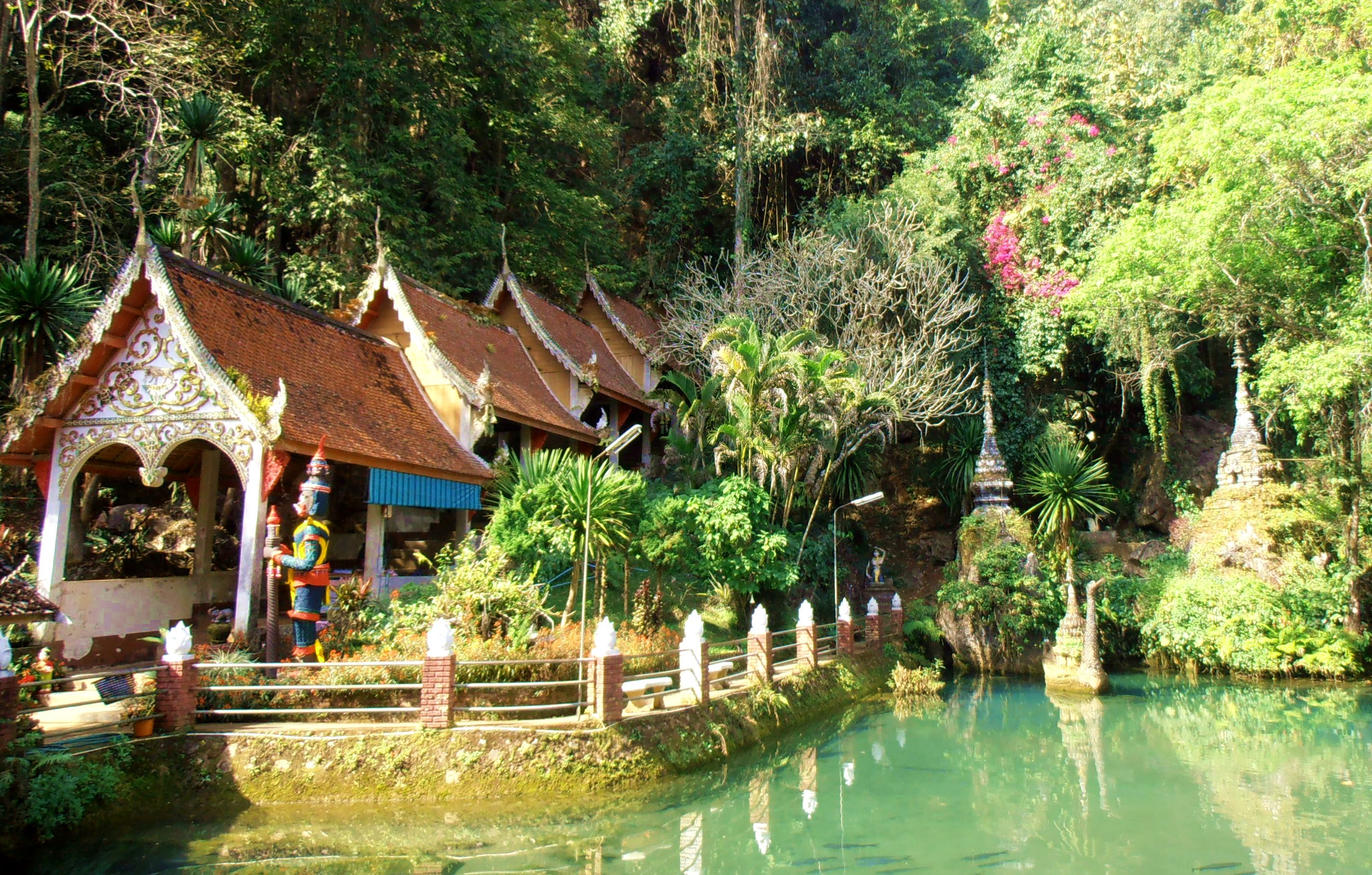 Chiang Dao Thailand Temple