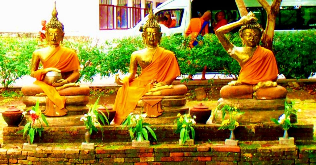 Wat Ched Yod Chiang Mai Thailand Buddha sculptures