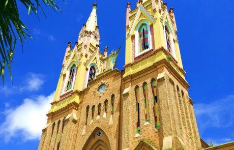 Marsella, Colomia main church