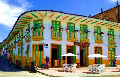 Marsella, Colombia town square