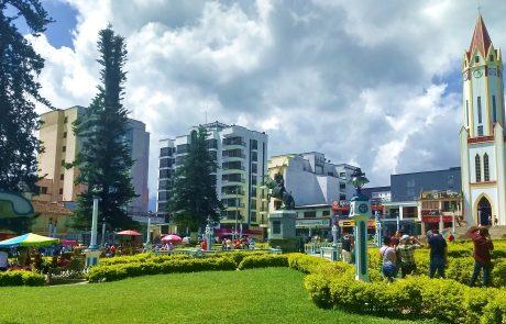 Santa Rosa de Cabal town square