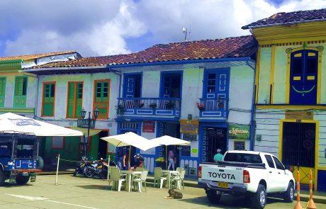 Salento, Town Square